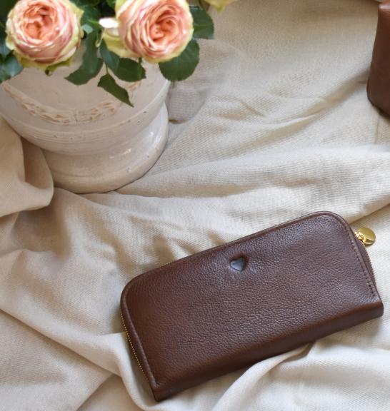 Genuine leather Single Zip Ladies Wallet Brown with Custom Embossed initals/personalisation