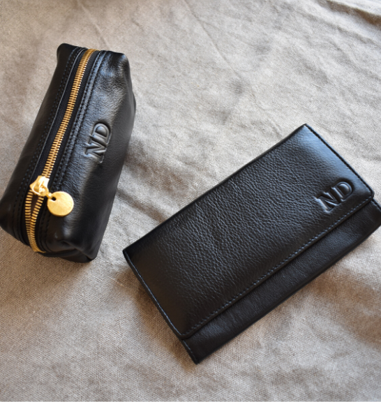 Classic Black Genuine Leather Ladies Purse/wallet- Made in South Africa with personalisation