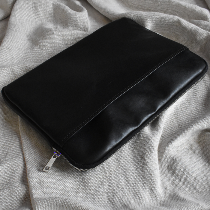 Genuine Leather 13 inch Laptop or Macbook sleeve. Hand Crafted in South Africa with personalisation